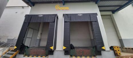 Lắp Đặt Và Bàn Giao Bộ Trùm Container Dock Shelter Rite Hite Cho Khách Hàng
